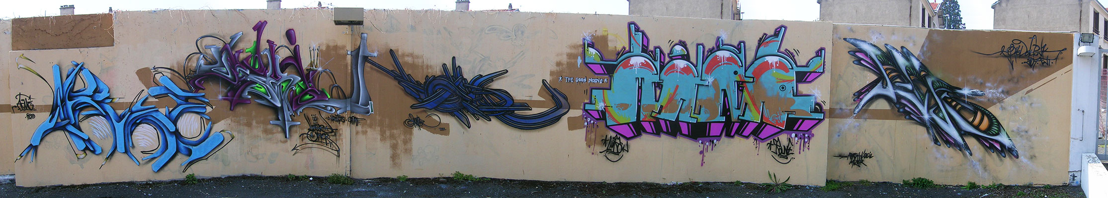 tkn_h2o_graffiti