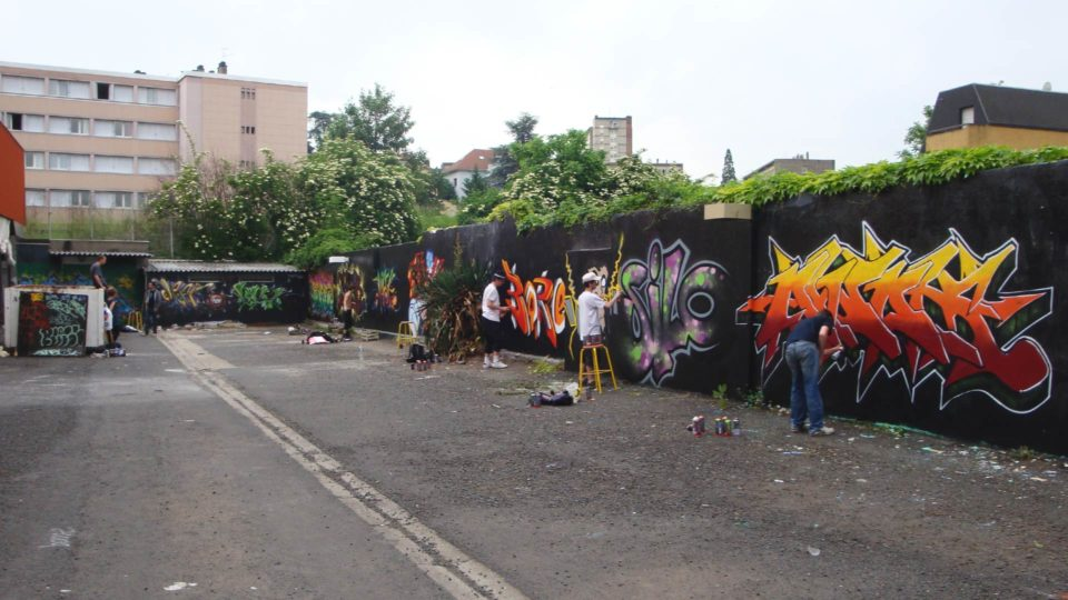 fresque-graffiti-clermont-ferrand