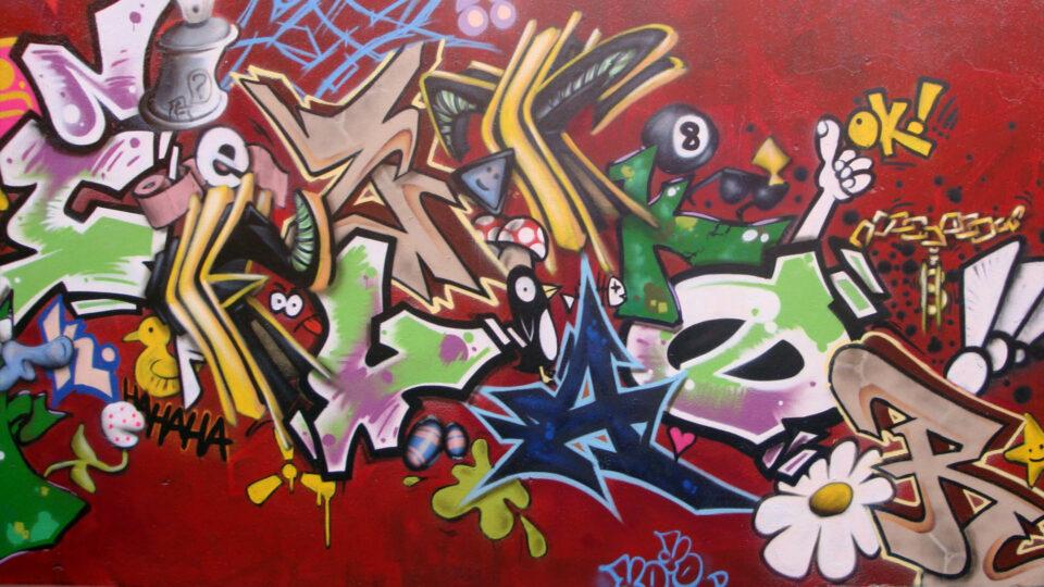 fresque-accumulation-graffiti-street-art-lettres-clermont-ferrand