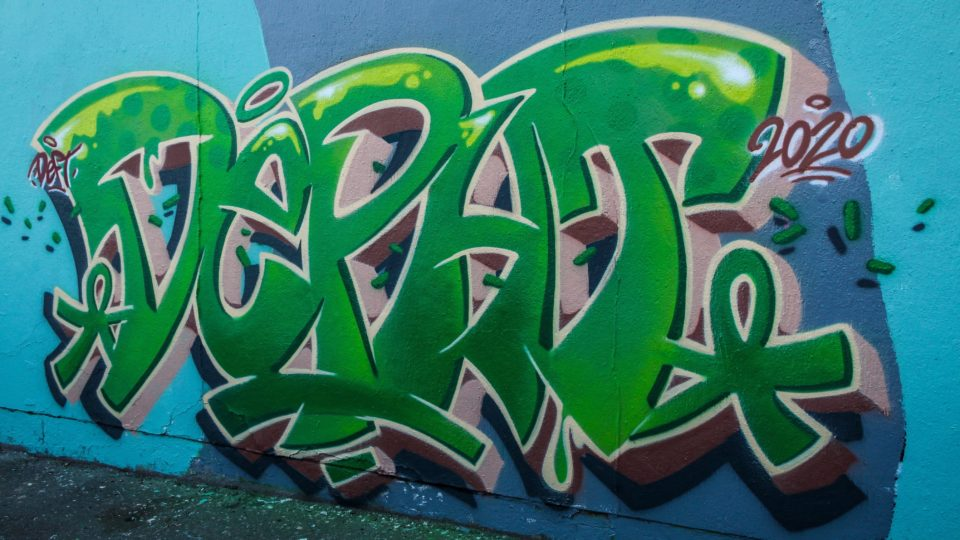 Graffiti Depht réalisé par Deft à Clermont-Ferrand